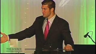 TIM TEBOW -  John 3:16 on His Eye Black